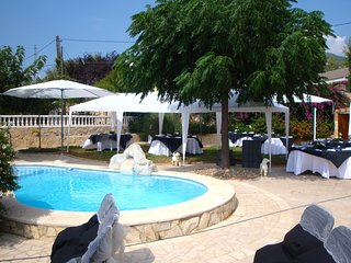 Spacious villa in Alforja with Parking, Internet, Washing machine, Pool