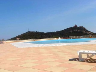 Cozy apartment in Saint-Raphael with Parking, Internet, Pool, Terrace