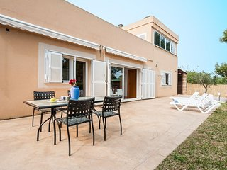 Spacious house in Alcudia with Internet, Washing machine, Air conditioning, Terr