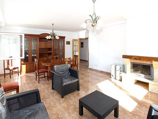 Spacious villa in La Pobla Tornesa with Parking, Washing machine, Garden, Terrac
