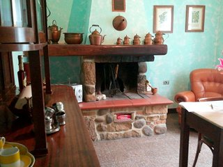 Cozy house in Gavorrano with Parking, Internet, Washing machine, Air conditionin