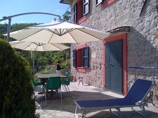 Spacious villa very close to the centre of Barga with Parking, Internet, Washing