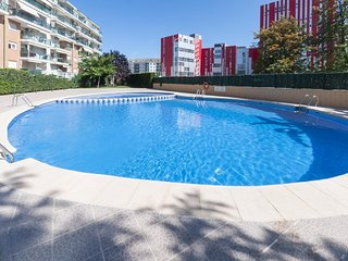 Spacious apartment in the center of Gandia with Lift, Washing machine, Pool, Ter