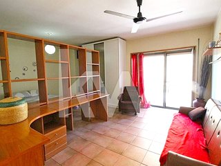 Spacious apartment in Braga with Parking, Internet, Washing machine, Balcony