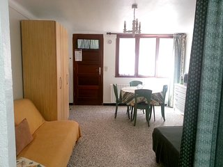 Cosy studio in the center of Banyuls-sur-Mer with Parking, Internet, Washing mac