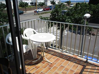 Cosy studio in the center of Le Barcares with Parking, Washing machine, Balcony