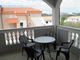 Cozy apartment in Stara Novalja with Parking, Internet, Air conditioning, Garden