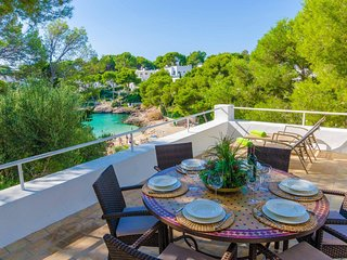 Spacious house right near the 'Cala d'Or' in Santanyi with Parking, Internet, Wa