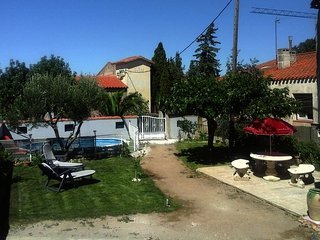 Spacious villa in the center of Pia with Parking, Internet, Washing machine, Poo
