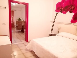 Cozy apartment in Melilli with Parking, Internet, Washing machine, Air condition