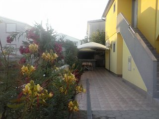 Spacious apartment very close to the centre of Vir with Parking, Internet, Air c