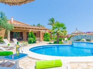 Spacious villa in Sant Llorenc des Cardassar with Parking, Internet, Washing mac