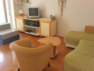 Spacious apartment close to the center of Novalja with Parking, Internet, Washin