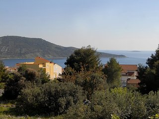 Spacious apartment in the center of Primošten with Parking, Internet, Washing ma