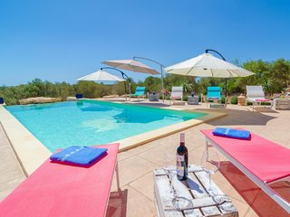 Spacious villa in Ses Salines with Parking, Internet, Washing machine, Pool