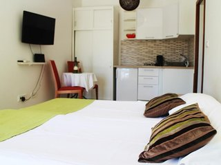 Cosy studio in Kupari with Parking, Internet, Washing machine, Air conditioning