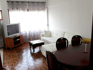 Spacious apartment very close to the centre of Tavira with Parking, Internet, Wa