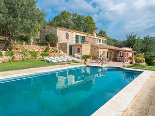 Spacious villa in Andratx with Parking, Internet, Washing machine, Pool