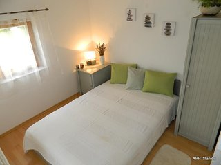 Cozy apartment in the center of Fažana with Parking, Internet, Air conditioning,