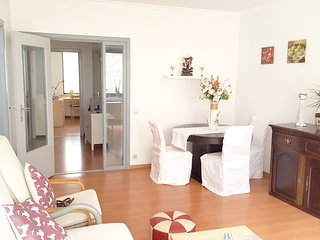 Spacious apartment close to the center of Ostend with Washing machine, Balcony