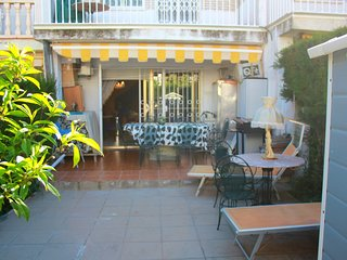 Spacious house a short walk away (406 m) from the 'Playa del Regueral' in Cambri
