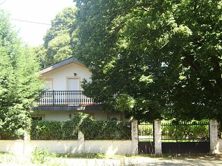 Spacious house in Mourelos with Parking, Internet, Washing machine, Garden