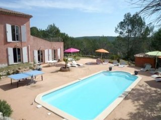 Spacious villa close to the center of Les Arcs with Parking, Internet, Washing m