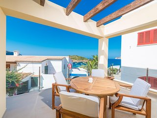 Spacious house a short walk away (229 m) from the 'Playa de Sant Elm - Es Geperu