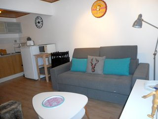 Cozy apartment very close to the centre of Huez with Parking, Washing machine