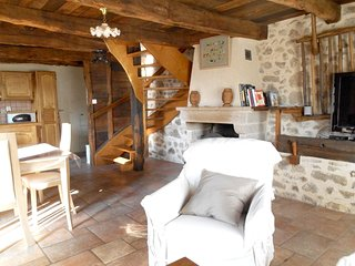 Cozy house in the center of Peyrusse-le-Roc with Parking, Washing machine, Garde