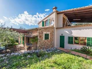 Spacious villa in Fornalutx with Parking, Internet, Washing machine, Pool