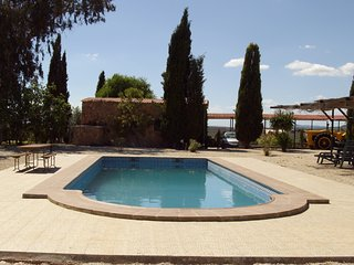 Spacious house in Humilladero with Parking, Internet, Washing machine, Pool