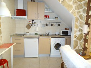 Cozy apartment in the center of Setúbal Municipality with Parking, Internet, Was