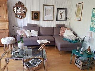Spacious apartment in Langenhagen with Parking, Internet, Washing machine, Balco