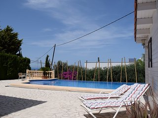 Spacious villa in Dénia with Parking, Internet, Washing machine, Air conditionin