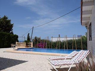 Spacious villa in Denia with Parking, Internet, Washing machine, Air conditionin