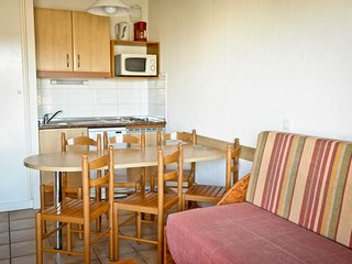 Cosy studio in the center of Ciboure with Parking, Balcony, Terrace