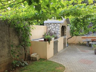 Cozy apartment in the center of Nin with Parking, Internet, Air conditioning, Ba