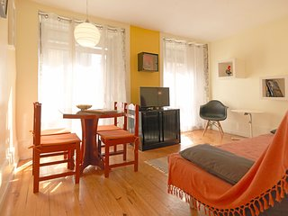 Cozy apartment in the center of Porto with Internet, Balcony