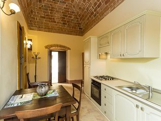 Spacious apartment in Perugia with Parking, Internet