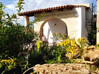 Cozy house in the center of Balestrate with Parking, Internet, Washing machine,