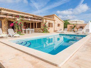 Spacious villa in Felanitx with Parking, Internet, Washing machine, Air conditio