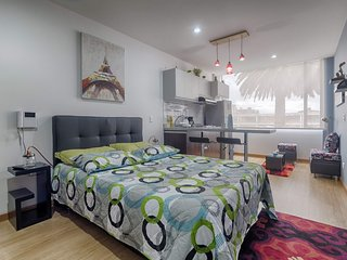 Cozy apartment in Bogota with Lift, Internet, Washing machine, Terrace