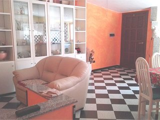 Spacious apartment in Quartu Sant'Elena with Parking, Internet, Washing machine,
