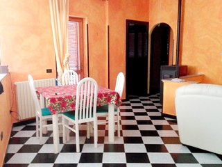 Spacious apartment in Quartu Sant'Elena with Parking, Internet, Washing machine,