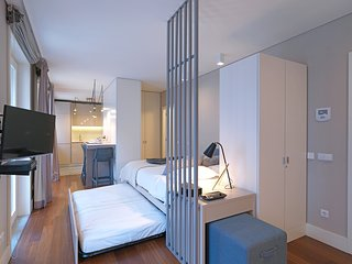 Cozy apartment in the center of Porto with Internet