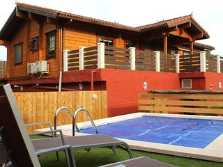 Spacious villa in Santa Brígida with Parking, Internet, Washing machine, Air con