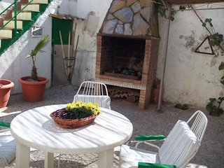 Cozy house in El Pedregal with Parking, Washing machine, Garden, Terrace