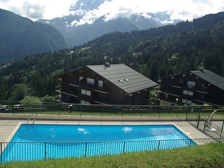 Cozy apartment in Saint-Gervais-les-Bains with Parking, Internet, Pool, Balcony