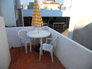 Spacious apartment a short walk away (99 m) from the 'Playa del Forti' in Vinaro